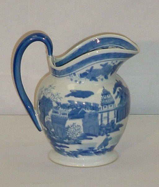 "10: Chinese Export porcelain pitcher. H: 9 3/4"" [50/100"