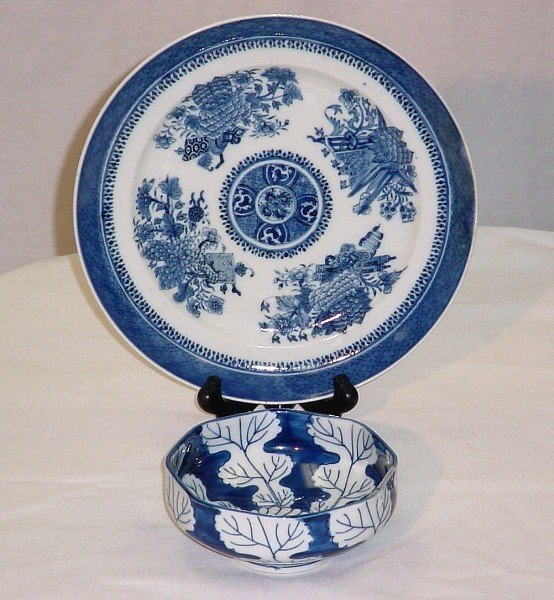 17A: 2 Pieces Chinese Export porcelain, 19th & 20th C.