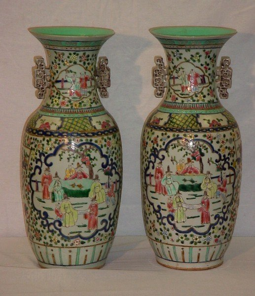 19: Pair 19th C Chinese Export famille rose porcelain v