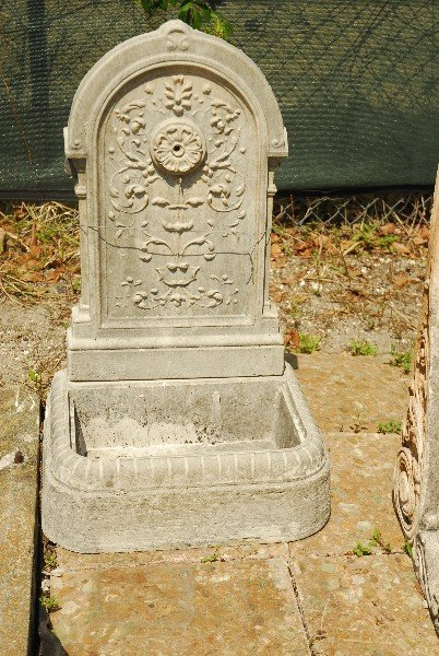 "Cast stone garden fountain. H: 32.5"" W: 20"" D: 15"""