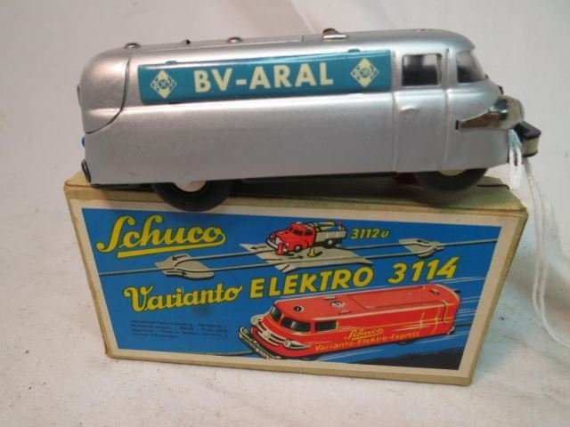 Schuco Varianto Electro No. 3114 Toy Car with