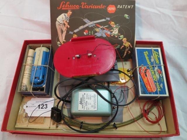 Schuco Varianto 3010K Vintage Set with Two Schuco