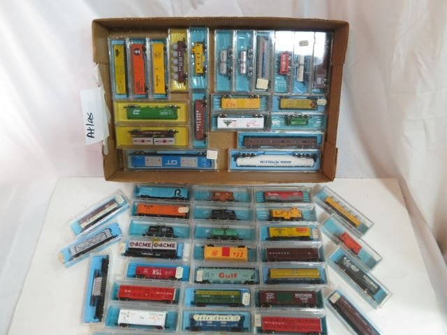 Group Lot of 51 N Scale Atlas Assorted Train cars