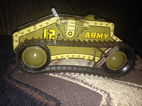 Vintage Army tank wind-up by Marx