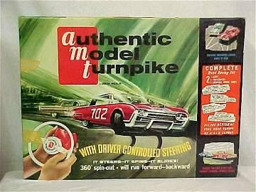 L345 - AMT AUTHENTIC MODEL TURNPIKE CAR SET