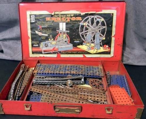 Vintage 1936 Gilbert Great New Erector Set Toy