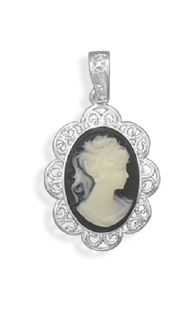 Cameo Pendant with Filigree Edge