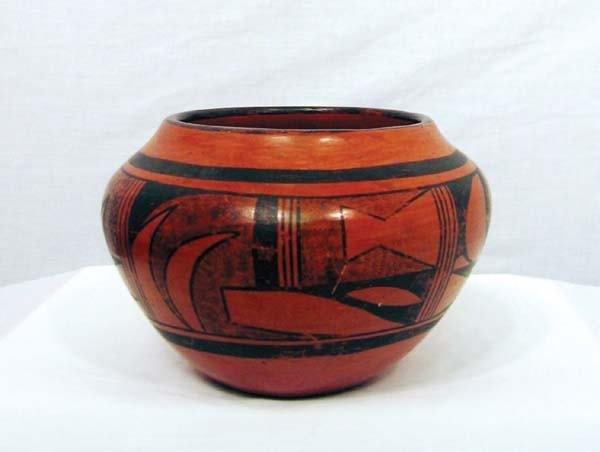 4: 1940s Hopi Pottery Jar