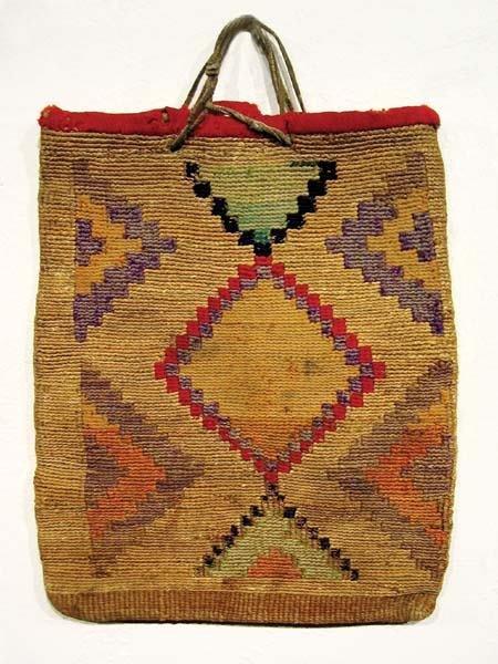 7: 1900s Nez Perce Cornhusk Bag