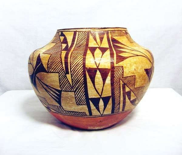 312: Acoma Pot