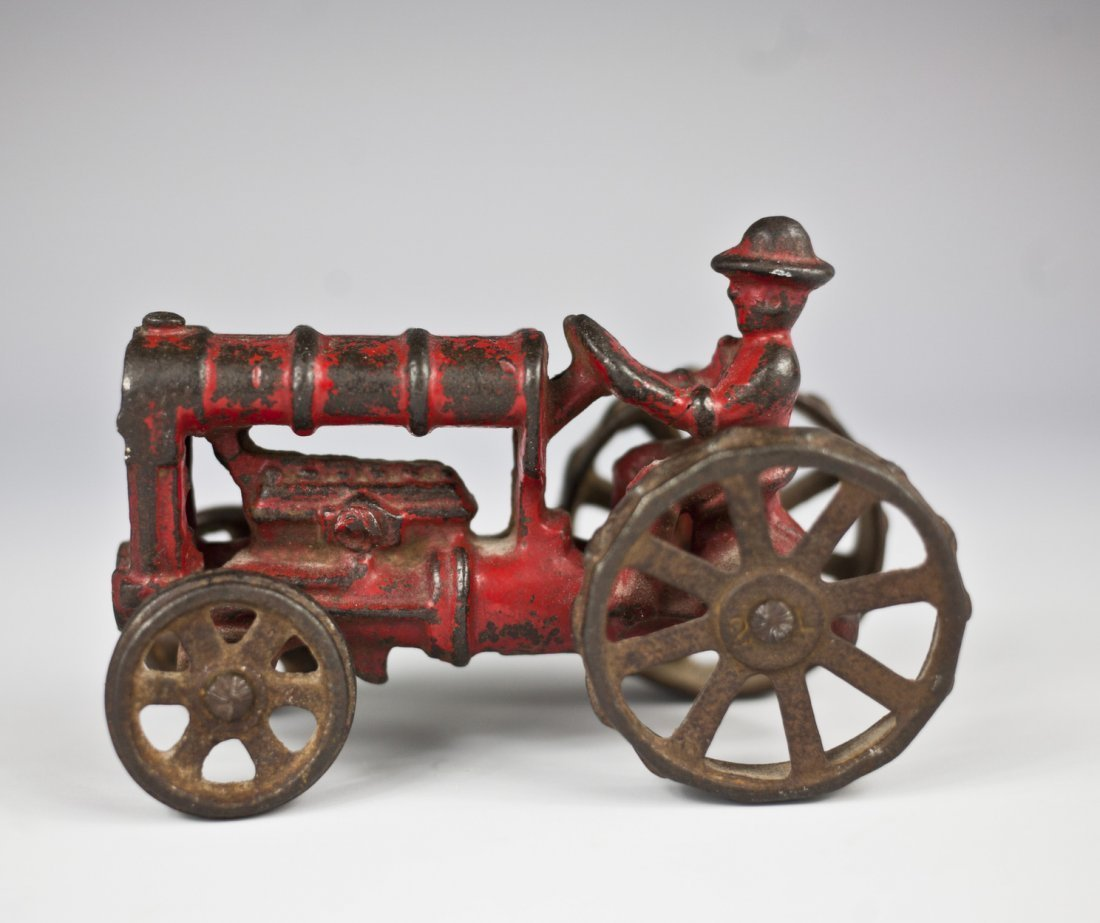 1930\'s hubley cast iron tractor