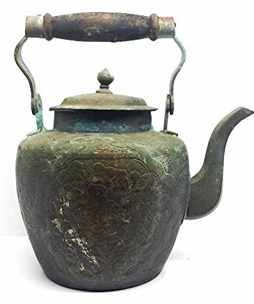 VINTAGE BRASS TEA POT WITH WOODEN HANDLE.