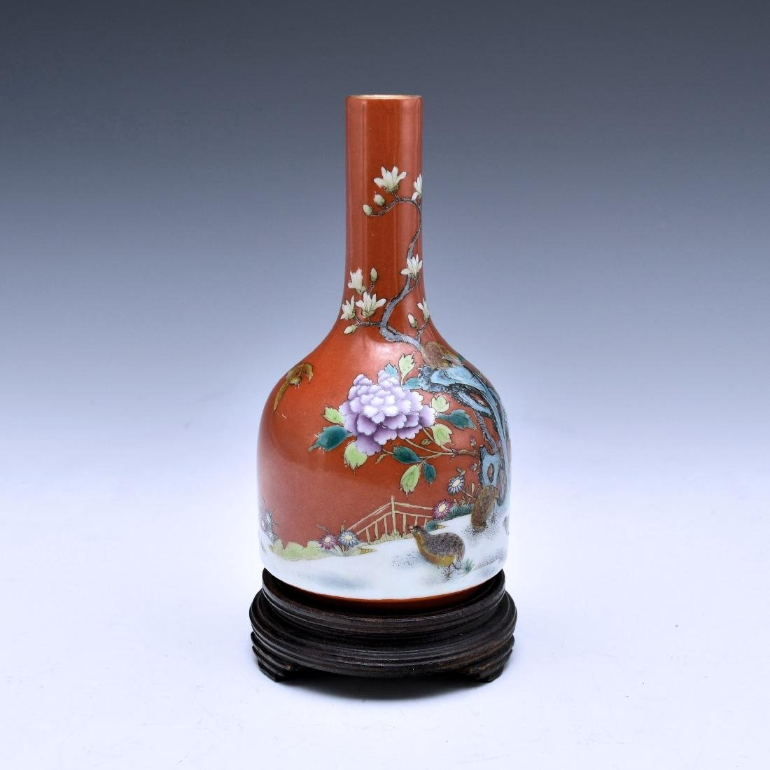 CHINESE FAMILLE ROSE QUAIL MALLET BOTTLE VASE