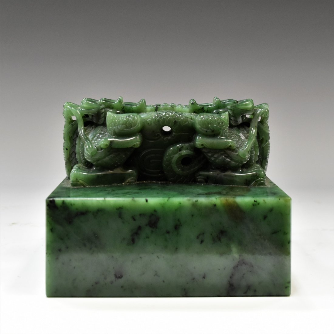 DOUBLE DRAGONS GREEN JADE SEAL