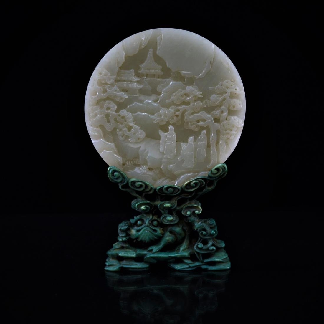 VERY FINE CARVED WHITE JADE ROUND TABLE SCREEN