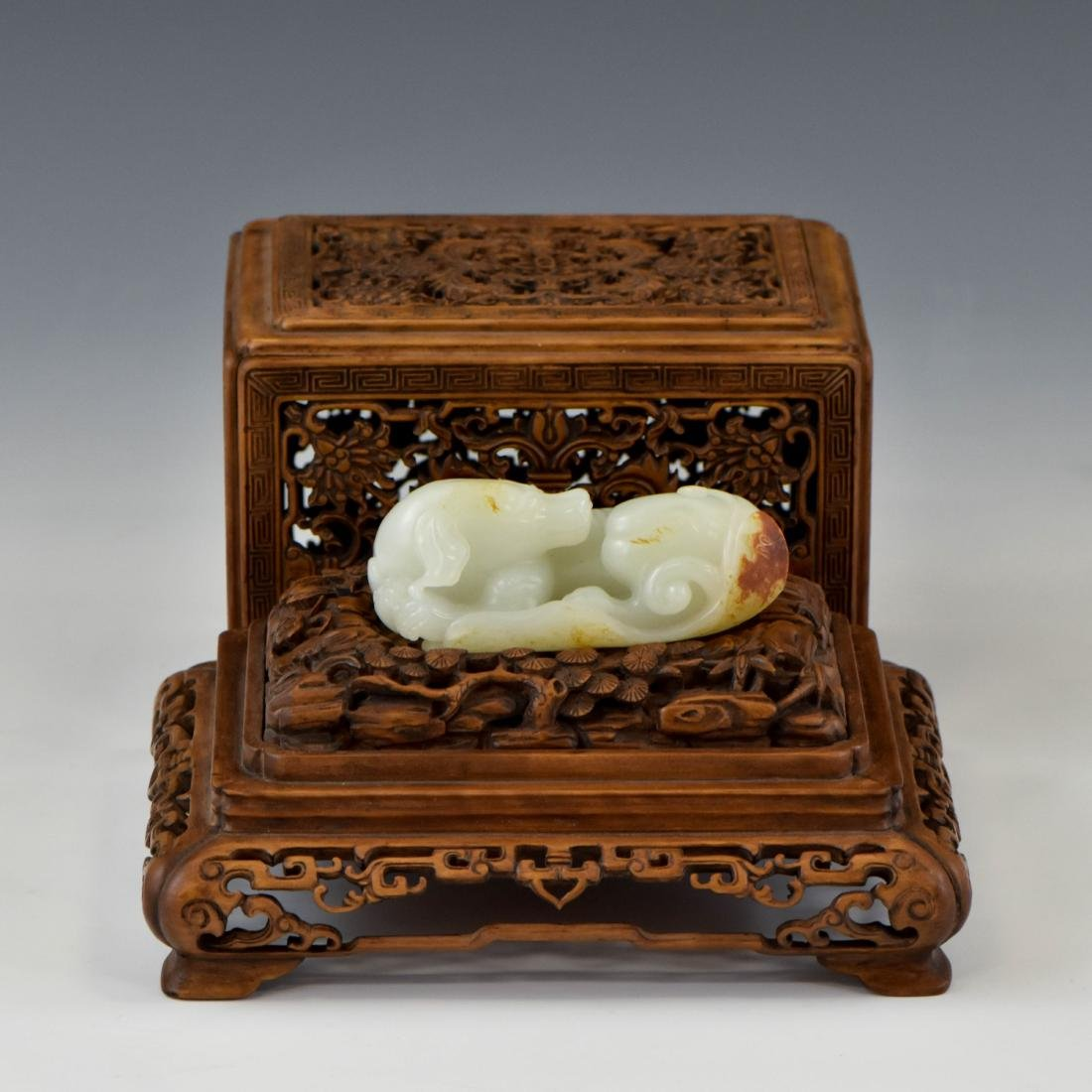 CHINESE JADE DOG ON STAND