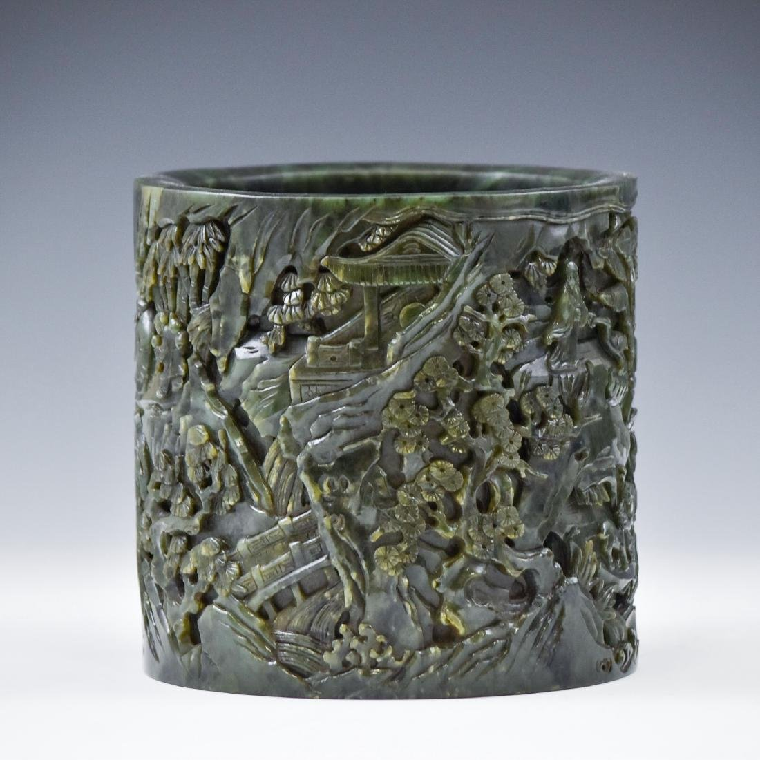 MAGNIFICENT CHINESE GREEN JADE BRUSH POT