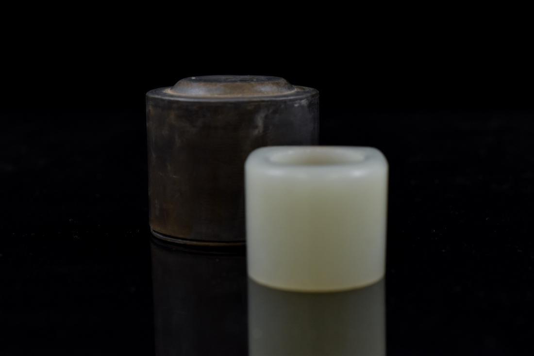 18TH C JADE RING & PEWTER BOX - 4