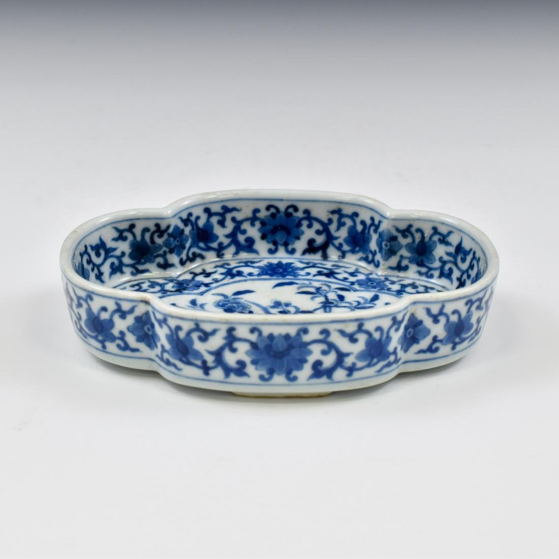 QING CHINESE NARCISSUS PORCELAIN PLATE - 2