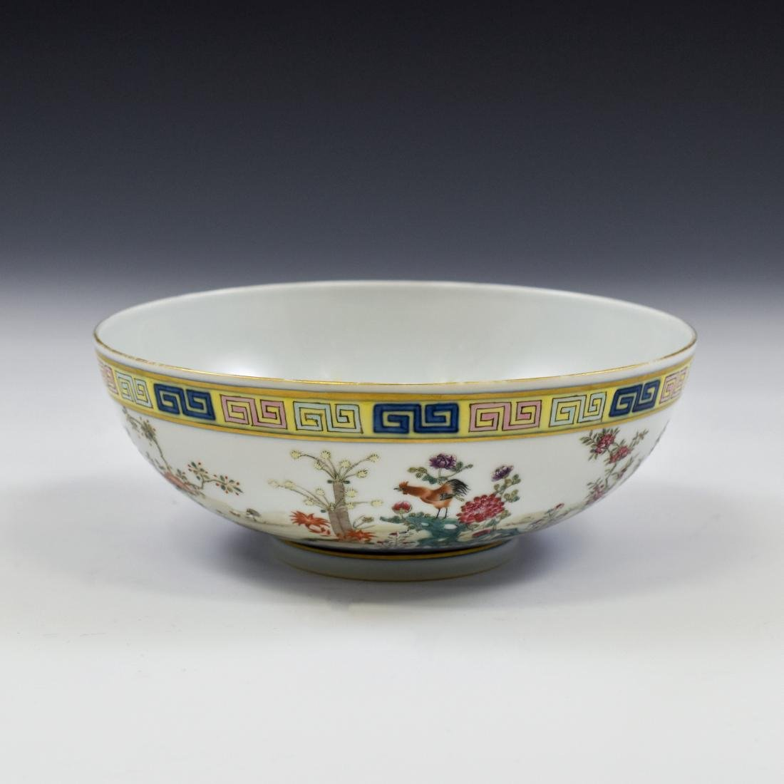 CHINESE FAMILLE ROSE CAMELIA MOTIF BOWL