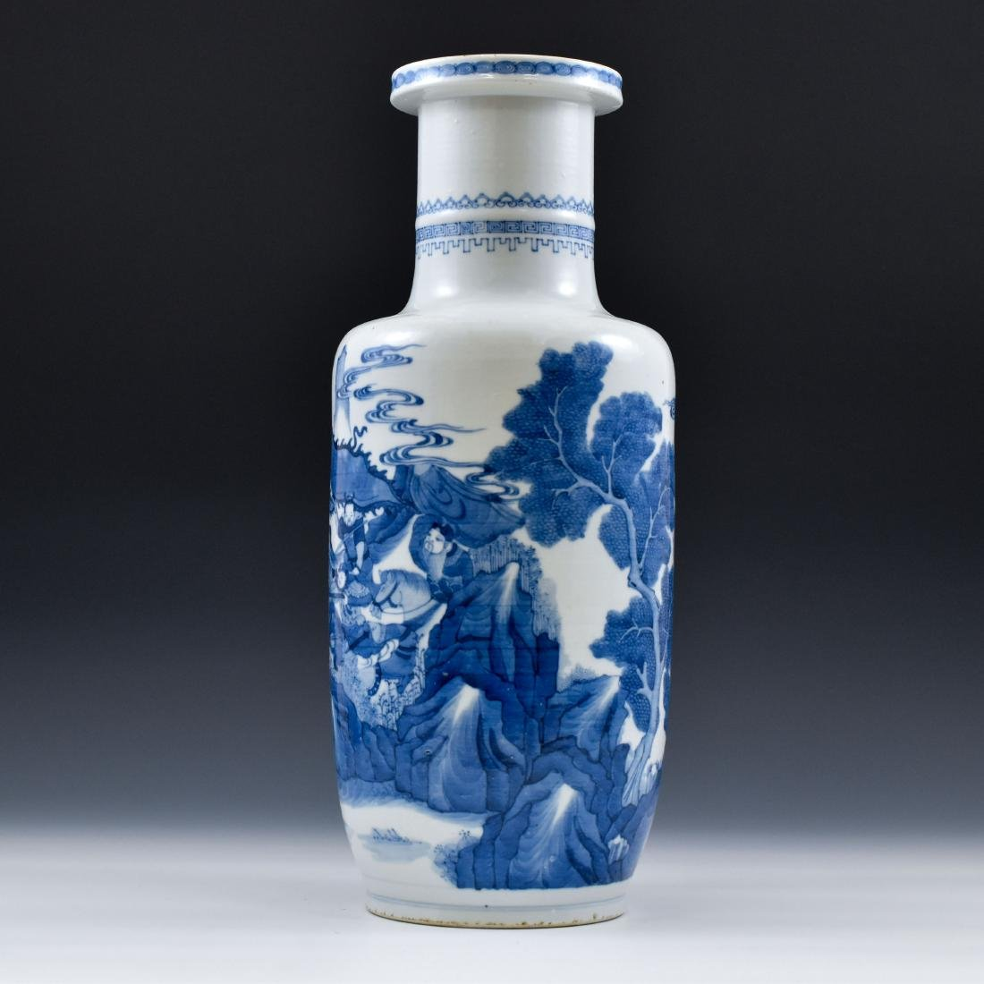 BATTLE SCENE THEMED BLUE & WHITE ROULEAU VASE - 2