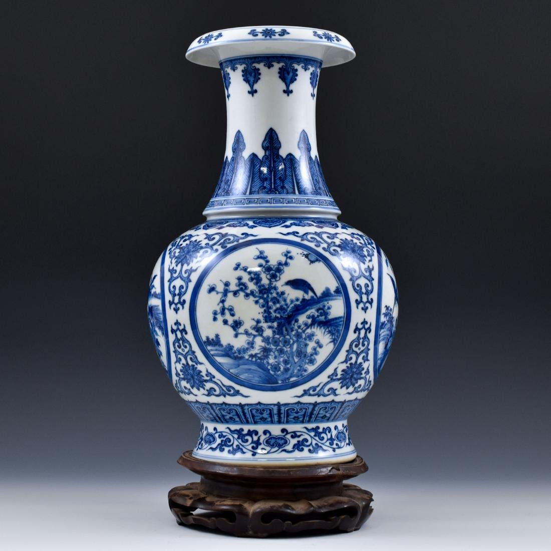 CHINESE BLUE & WHITE MAGPIE AND PLUM BLOSSOM VASE ON