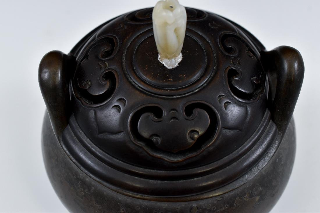 MING BRONZE LIDDED TRIPOD CENSER WITH JADE FINIAL  - 9