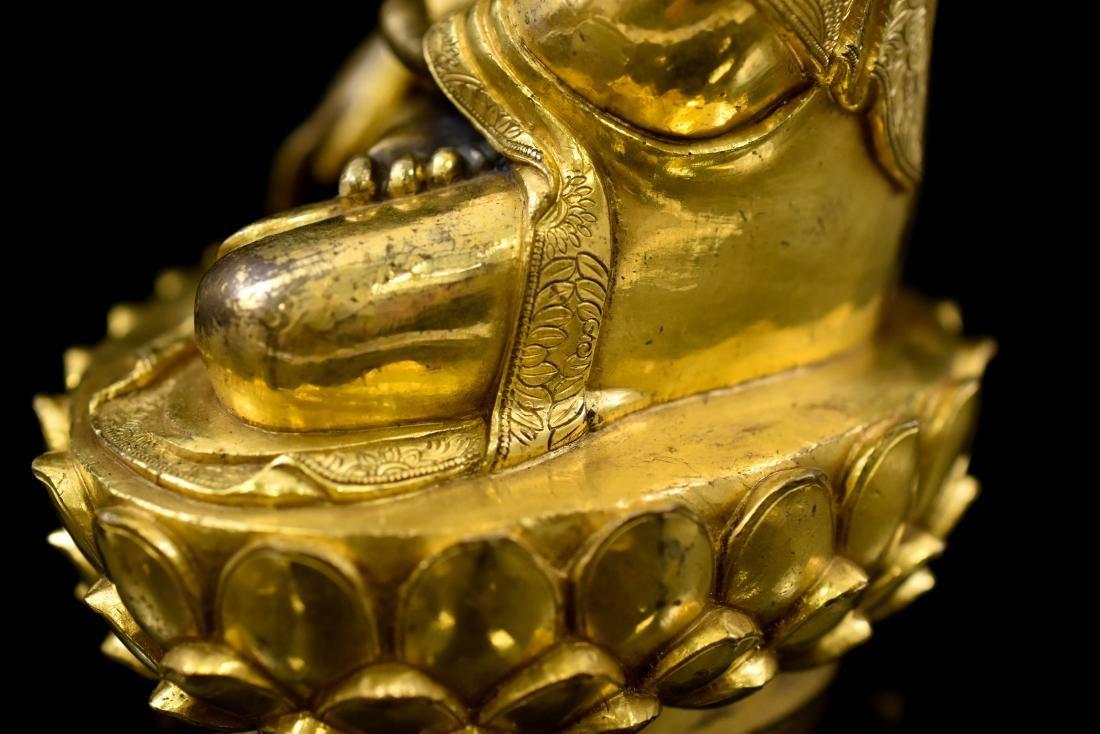 MING GILT BRONZE BUDDHA FIGURE OF SHAKYAMUNI BUDDHA - 10