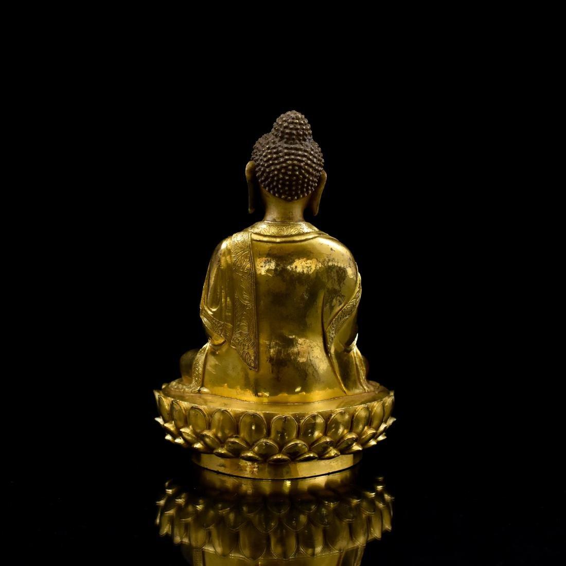 MING GILT BRONZE BUDDHA FIGURE OF SHAKYAMUNI BUDDHA - 3
