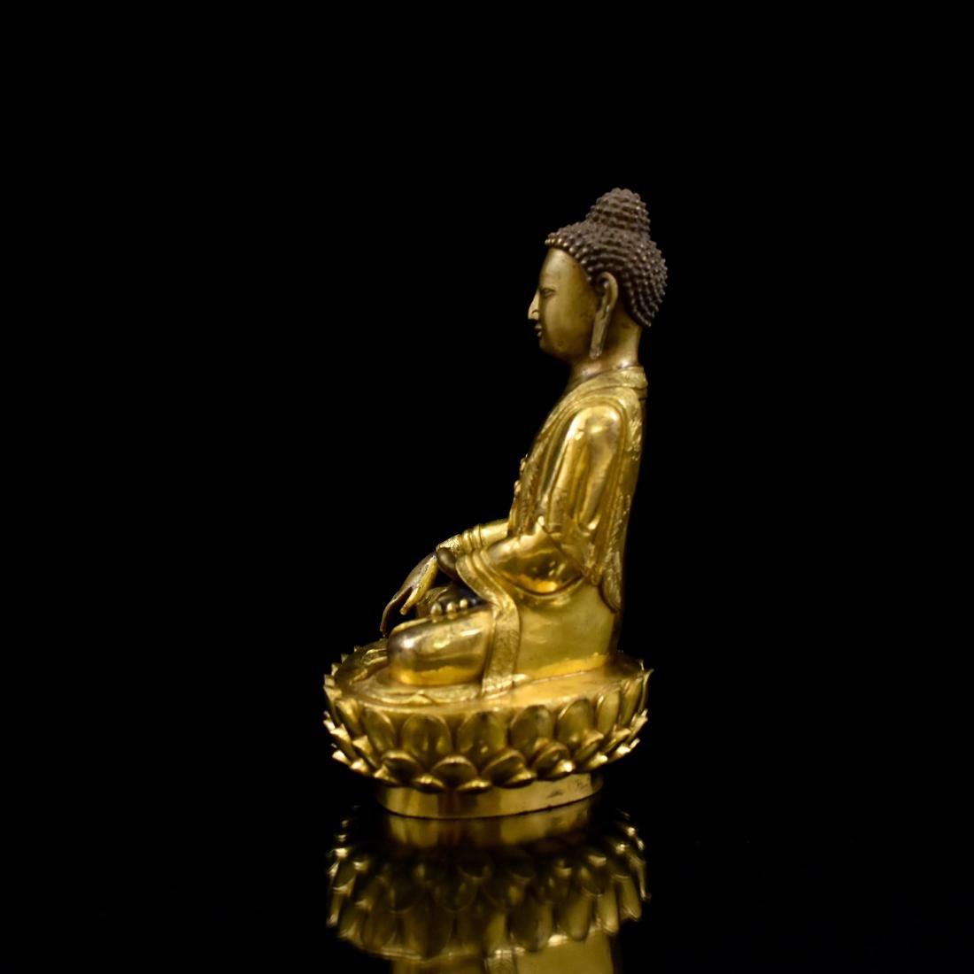 MING GILT BRONZE BUDDHA FIGURE OF SHAKYAMUNI BUDDHA - 4