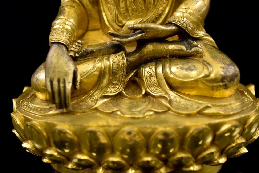 MING GILT BRONZE BUDDHA FIGURE OF SHAKYAMUNI BUDDHA - 9