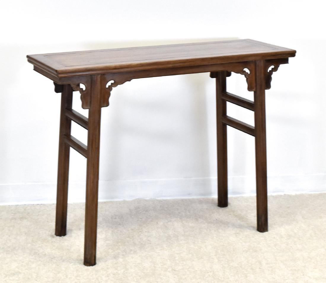 18TH C CHINESE HUANGHUALI ALTAR TABLE - 2