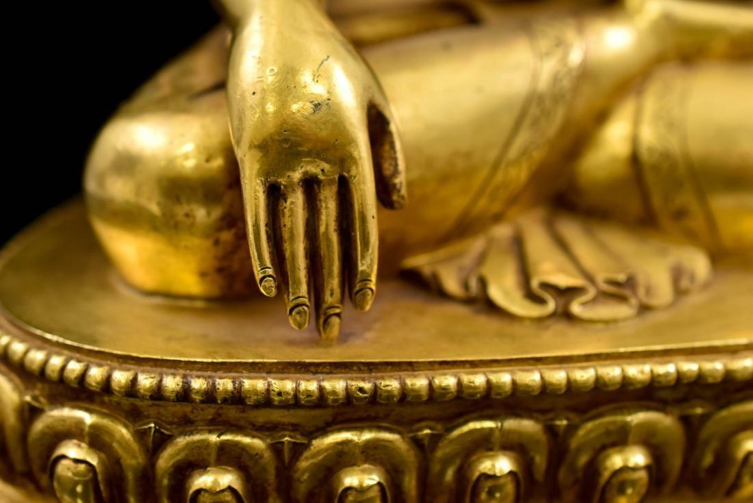 QING CHINESE GILT BRONZE SHAKYAMUNI BUDDHA - 8
