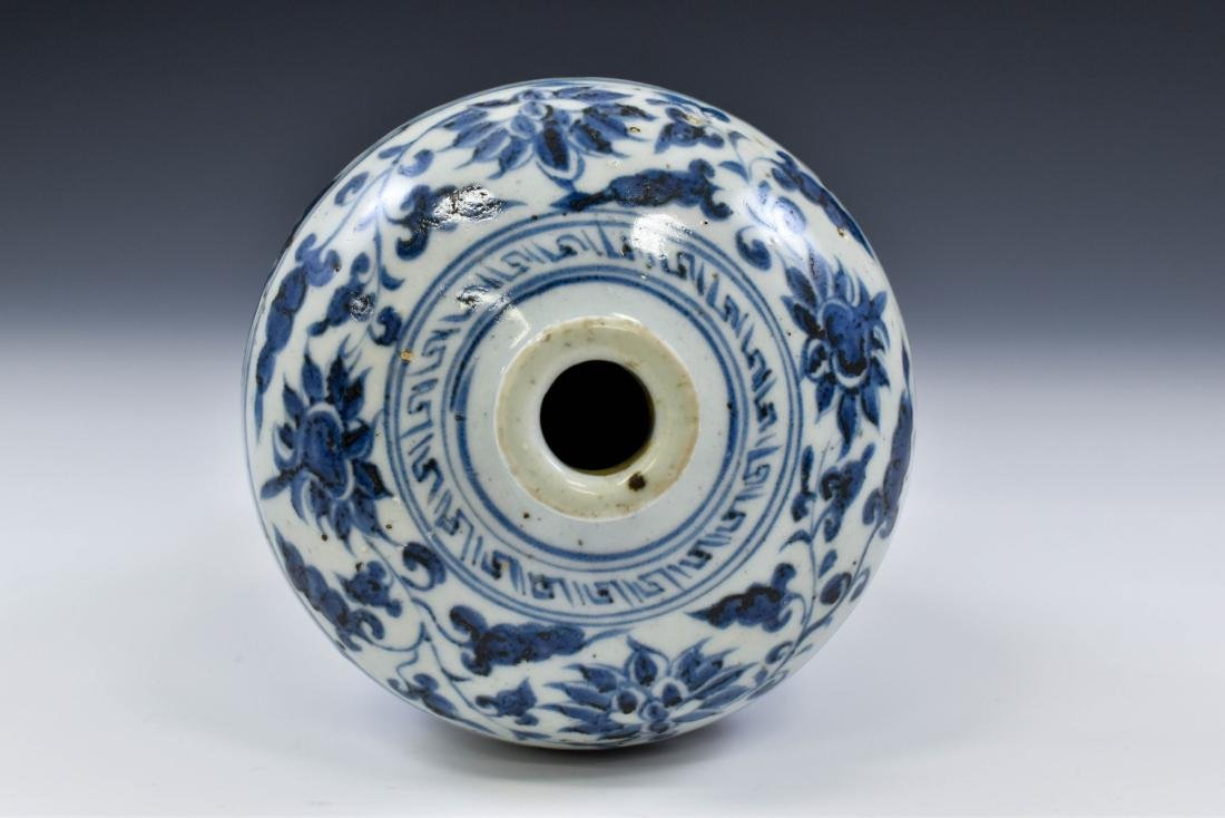 YUAN CHINESE BLUE & WHITE DRAGON MEIPING VASE - 5