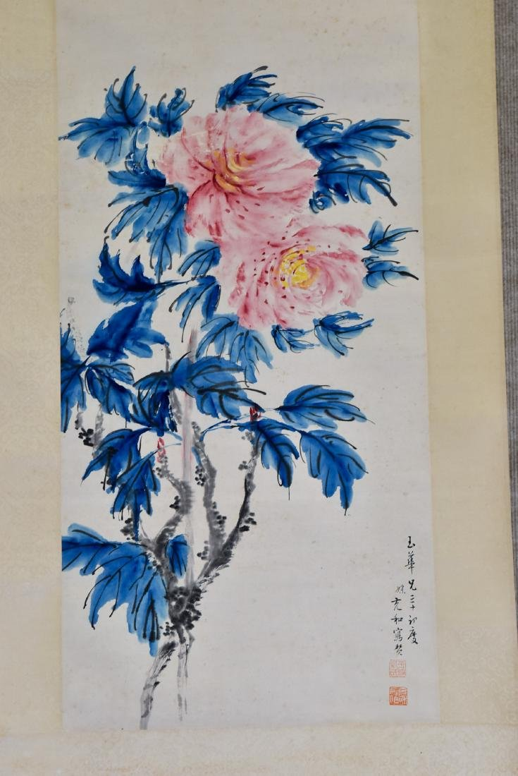 CHINESE PAINTING SCROLL OF CAMELLIA BLOOMS - 2