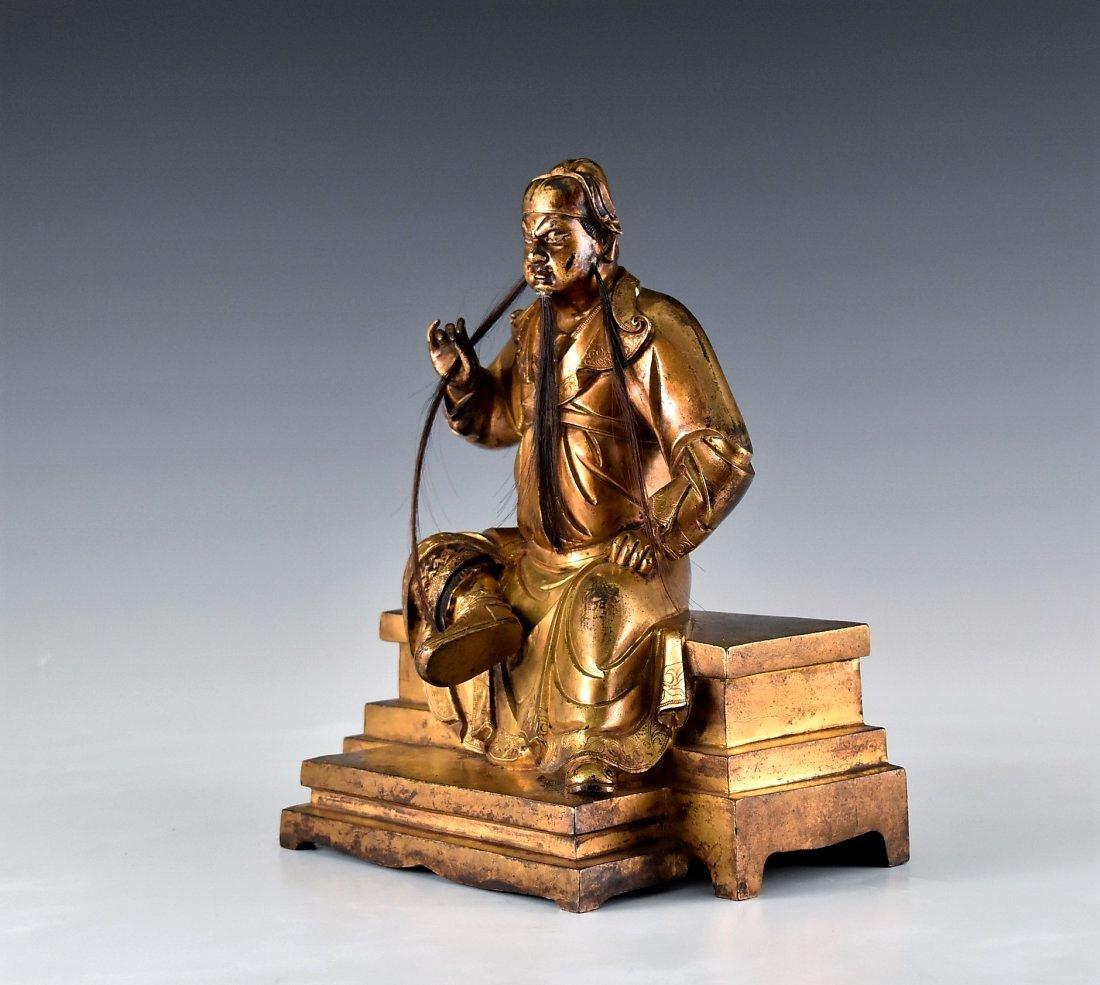 QING GILT BRONZE BUDDHA FIGURE OF GUANDI - 4