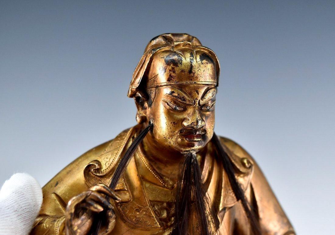 QING GILT BRONZE BUDDHA FIGURE OF GUANDI - 5