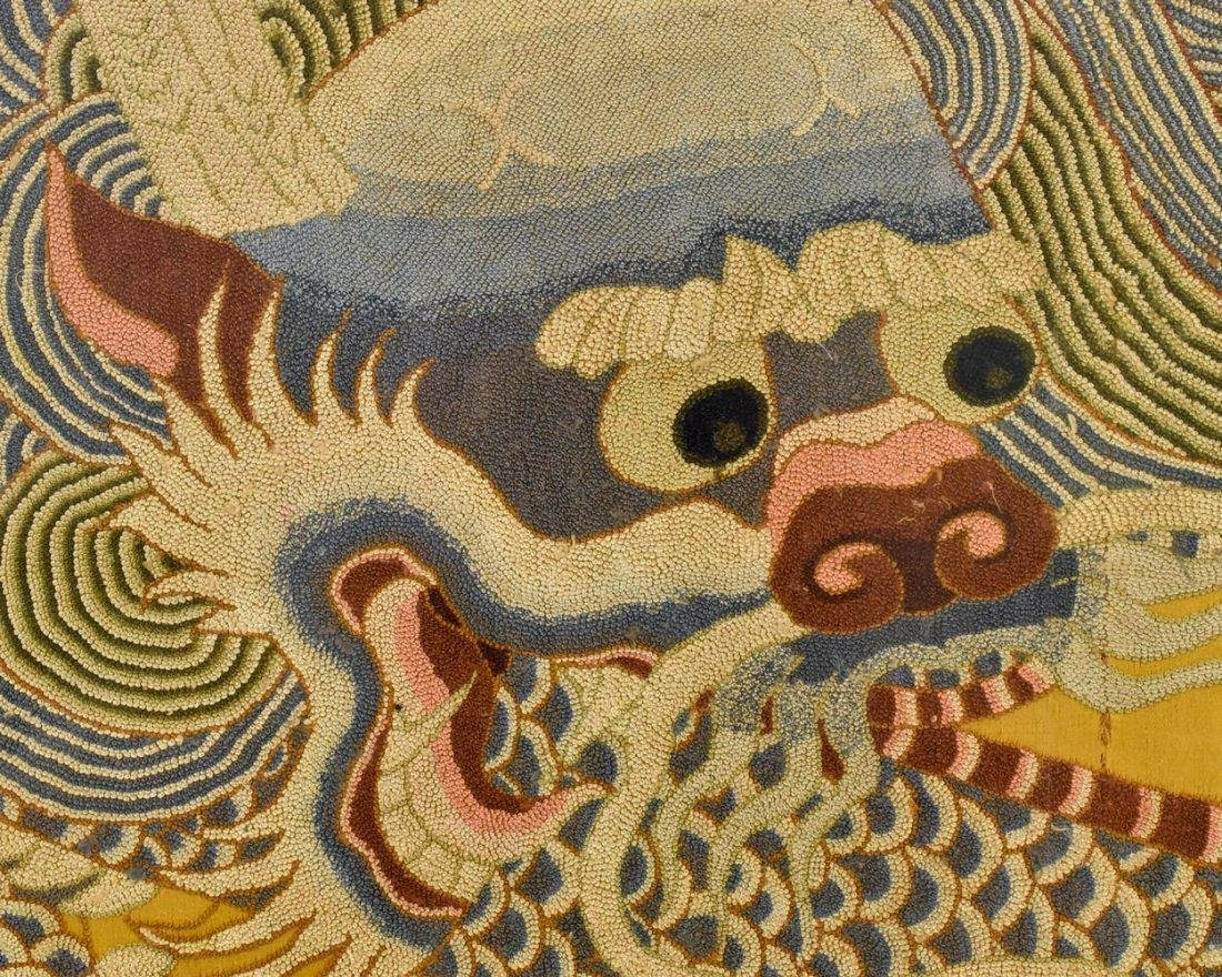 18TH/19TH C FRAMED CHINESE EMBROIDERY DRAGON SILK PANEL - 3