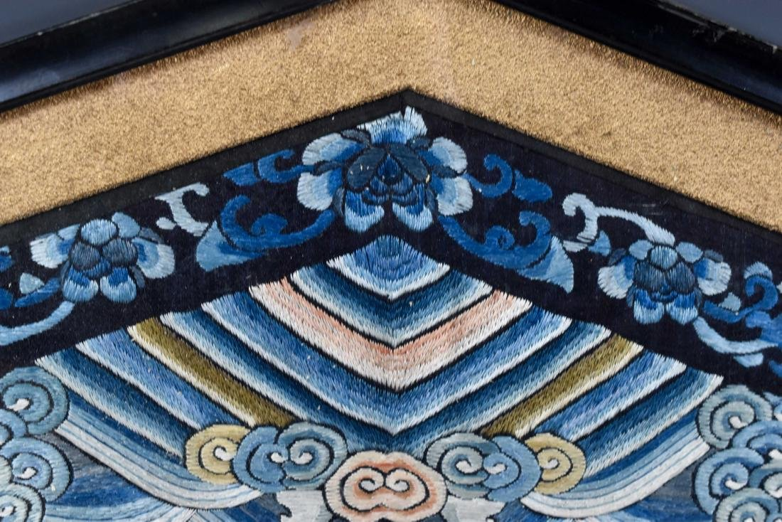 18TH C EMBROIDERY SILK IMPERIAL DRAGON RANK BADGE - 3