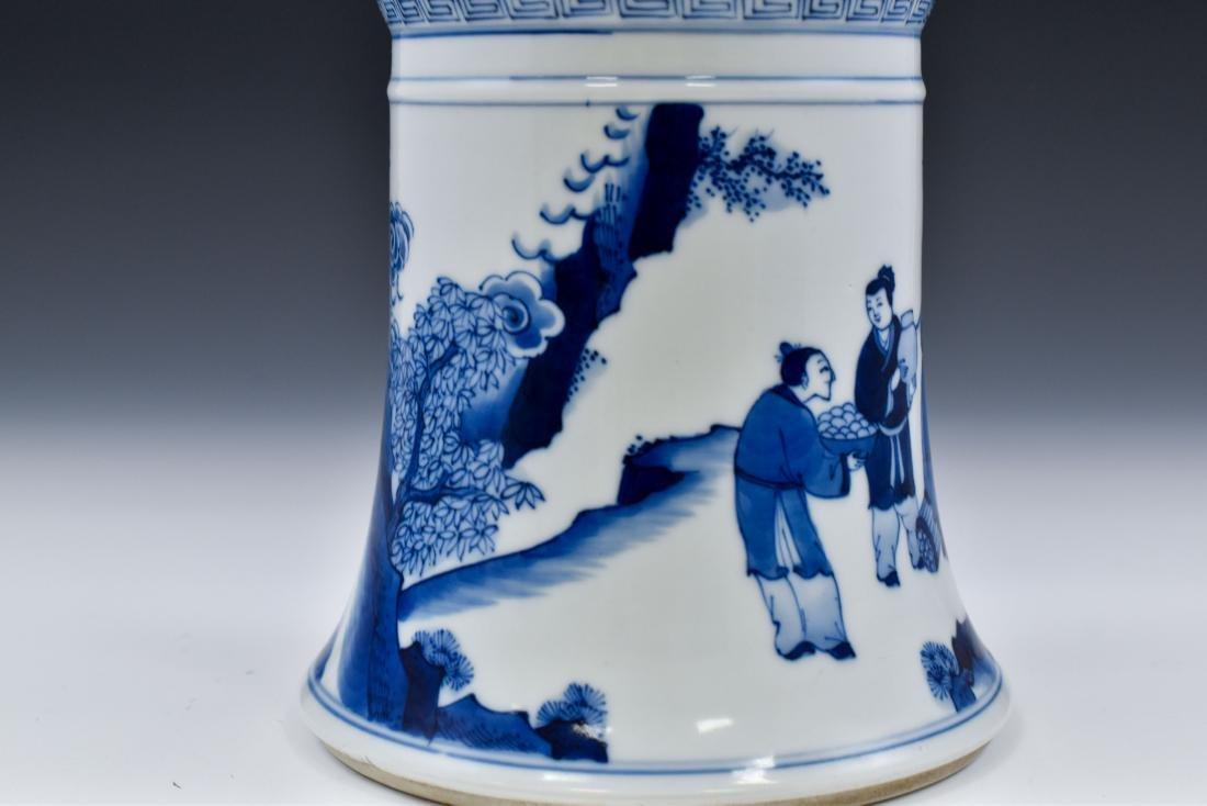 FINE CHINESE BLUE & WHITE PORCELAIN GU VASE - 7