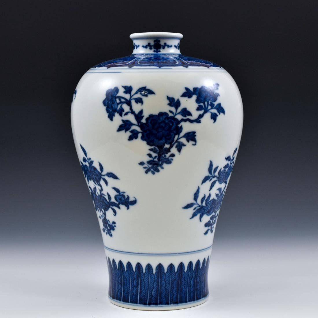 CHINESE BLUE AND WHITE CAMELIA MEIPING VASE - 4