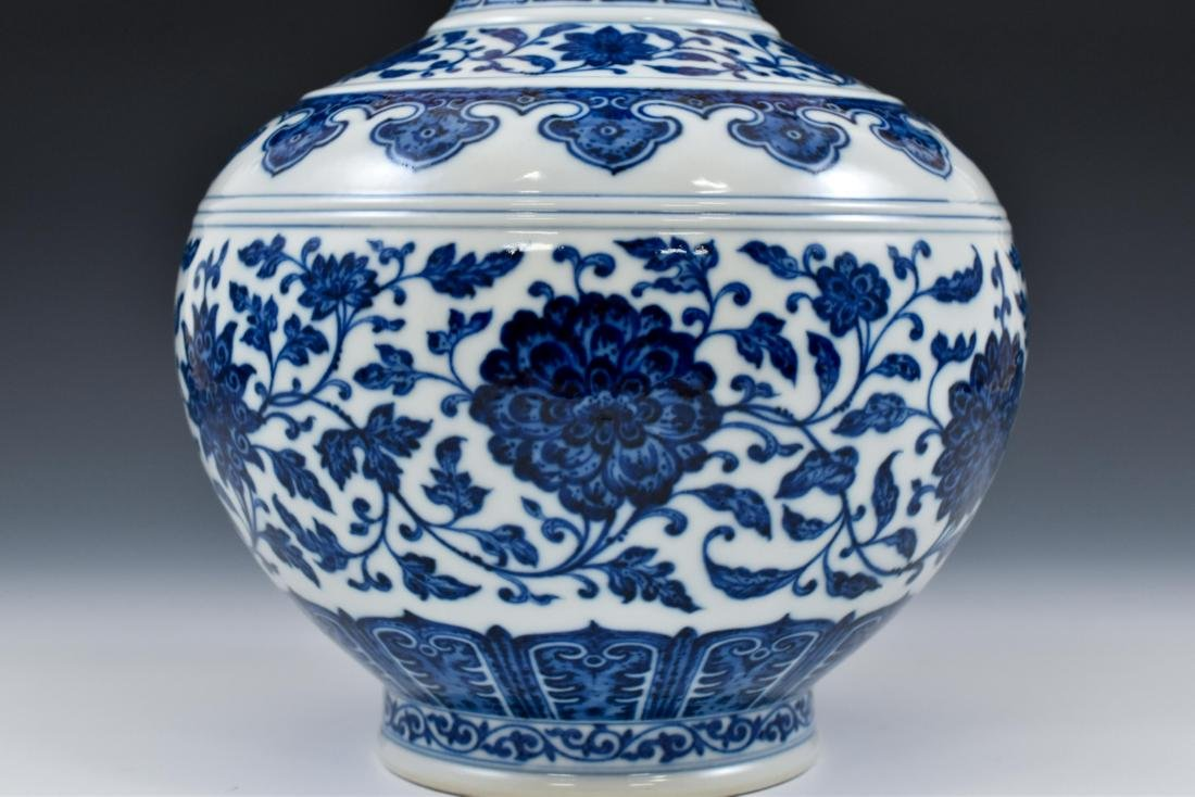 BLUE AND WHITE LOTUS CLESTIAL VASE - 6