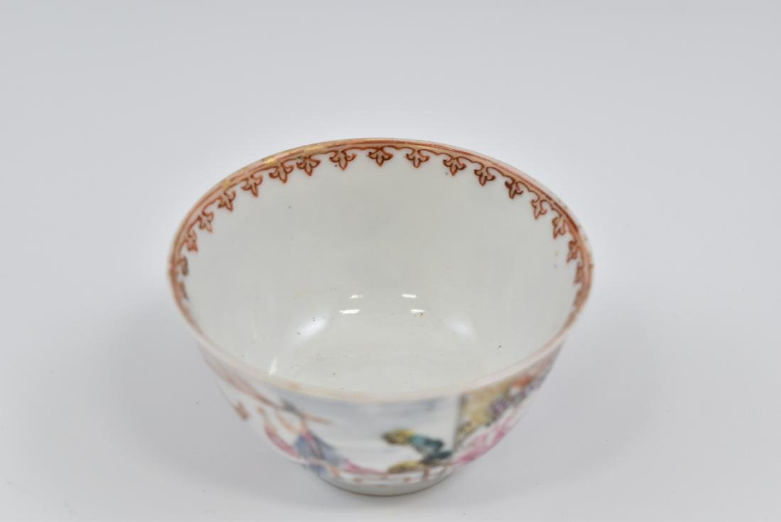 CHINESE EXPORT FAMILLE ROSE AND GILT PORCELAIN TEA CUP - 2