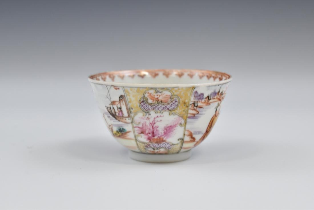 CHINESE EXPORT FAMILLE ROSE AND GILT PORCELAIN TEA CUP - 4