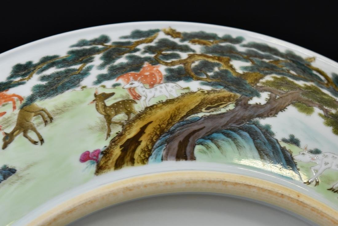 HUNDRED DEER FAMILLE ROSE PORCELAIN CHARGER - 5