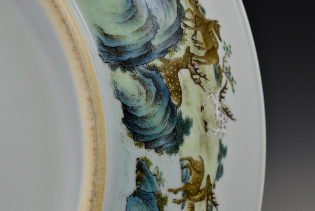 HUNDRED DEER FAMILLE ROSE PORCELAIN CHARGER - 6