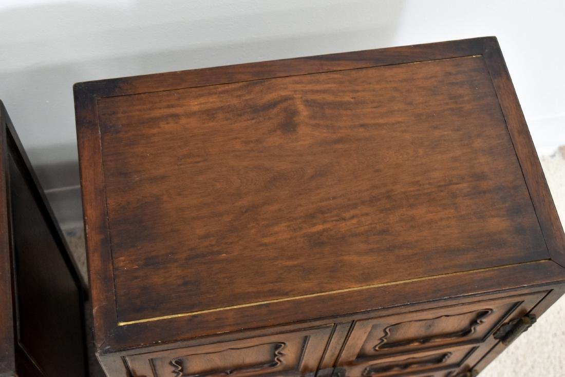 18/19TH PAIR OF CHINESE HUANGHUALI WAISTLESS CABINETS - 12