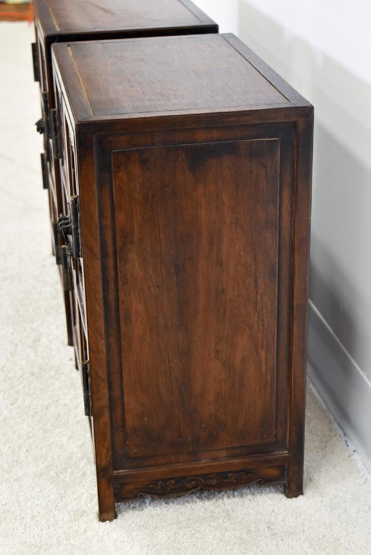 18/19TH PAIR OF CHINESE HUANGHUALI WAISTLESS CABINETS - 13