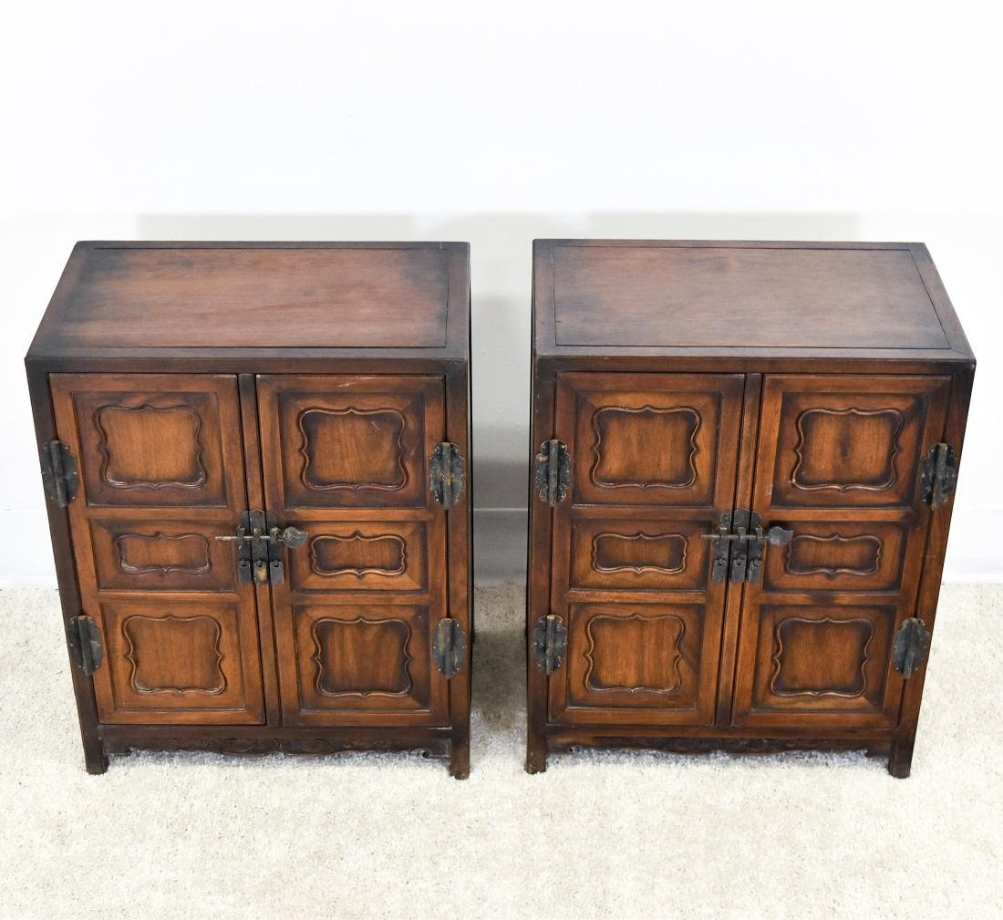 18/19TH PAIR OF CHINESE HUANGHUALI WAISTLESS CABINETS - 2