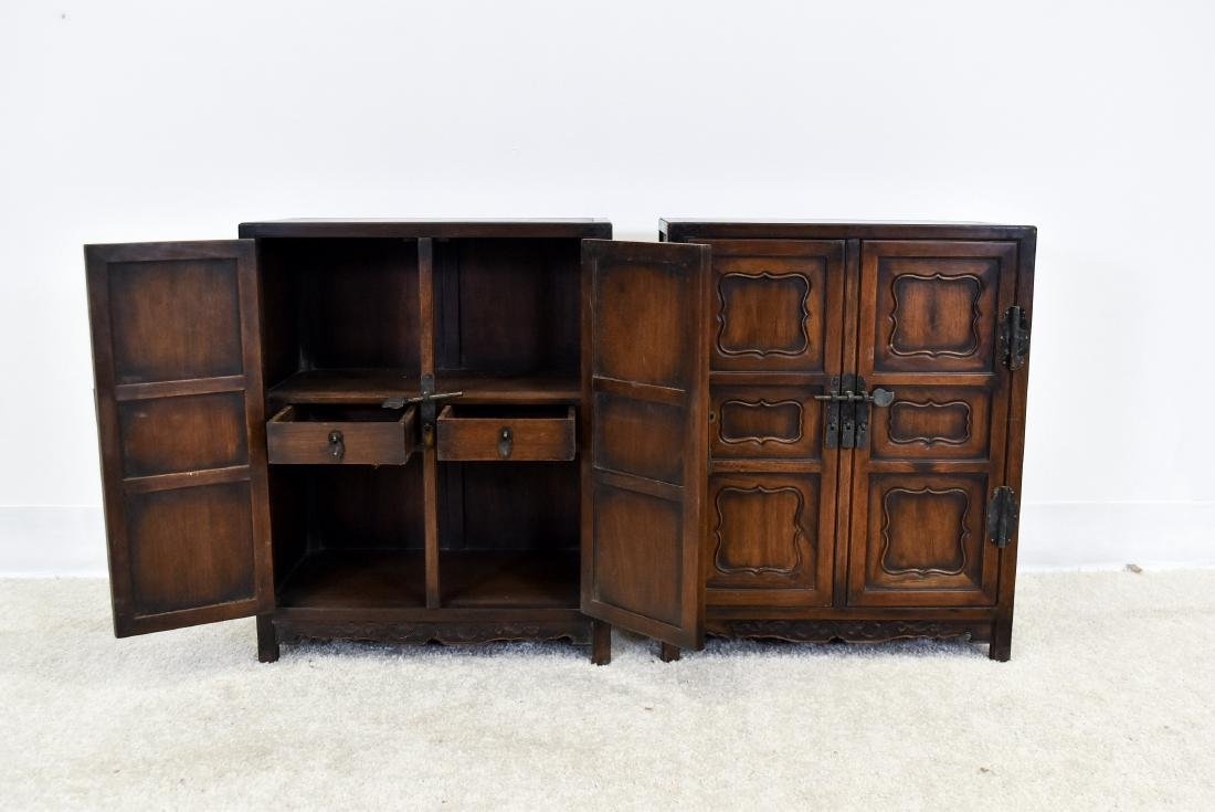 18/19TH PAIR OF CHINESE HUANGHUALI WAISTLESS CABINETS - 6